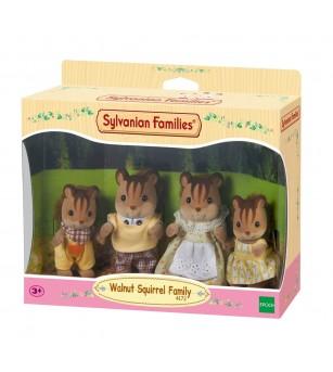 Figurine Sylvanian Families 4172 - Familia de veverite Nuca - Figurine