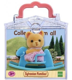 Figurina Sylvanian Families 5199 - Ursulet pe calut balansoar - Figurine