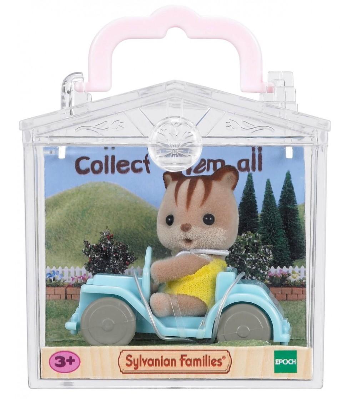 Figurina Sylvanian Families 5203 - Veverita cu masina - Figurine